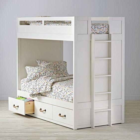 tempat tidur tingkat dengan lemari