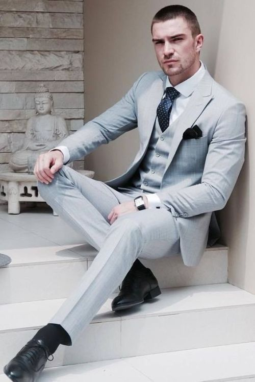 Pin By Bronislaw Romanowski On Garnitur Well Dressed Men Designer Suits For Men Mens Outfits