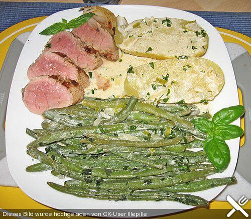 Grüne Bohnen mit Basilikum und Schweinelende