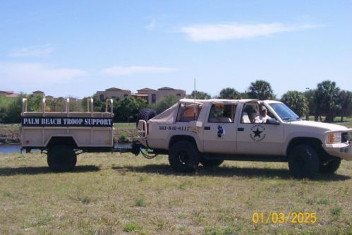 Miltary Suburban Desert Tan Convertible With M101a Trailer Us