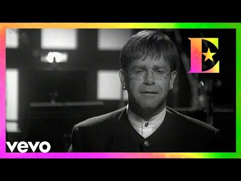 Elton John Circle Of Life From The Lion King Official Video Youtube Em 2020 Filmes Tema