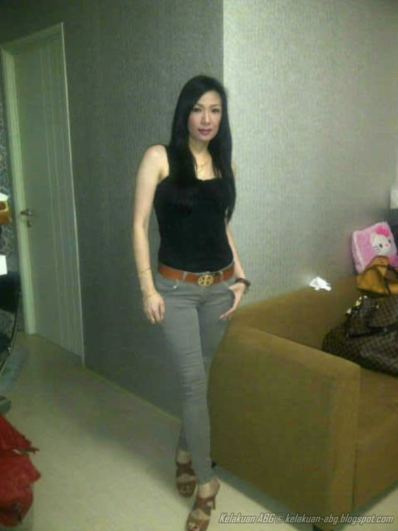 Tante High Class Body Mulus Seperti ABG | Indonesian Girls Only ...