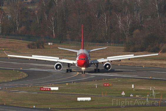 Foto's van EDW Airbus A330-200 (HB-IQI) ✈ FlightAware