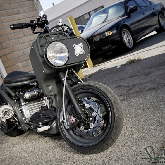 Turbo P Harley: Stretched And Lowered Scooters