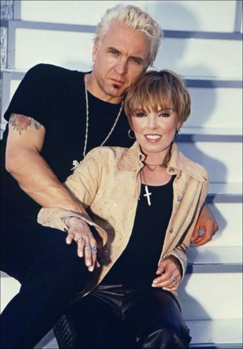 Pat Benatar & Neil Giraldo married 30 years - saw them this year. Pat can still bring down the house.
