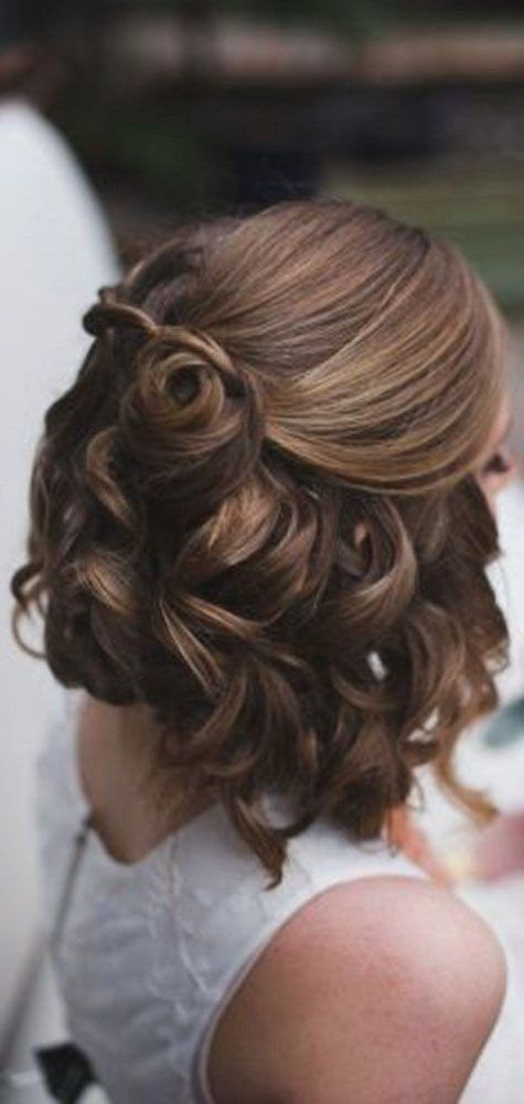 28 Prom Frisuren Fur Kurzes Haar Um Jeden Zu Erstaunen Kurze Prom Frisuren Kurze Haare Abschlussball Haar Styling Geflochtene Frisuren Fur Kurze Haare