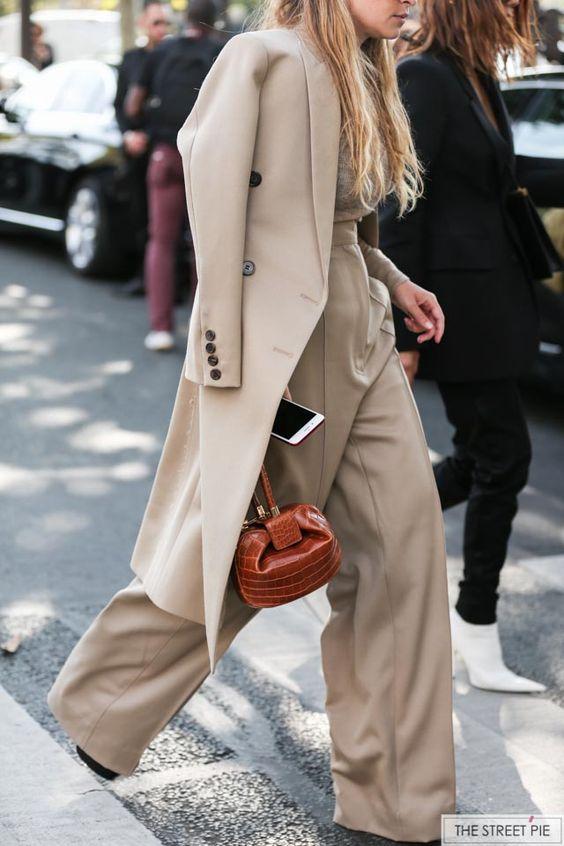 Miroslava Duma Outside Dior / Paris Fashion Week SS18