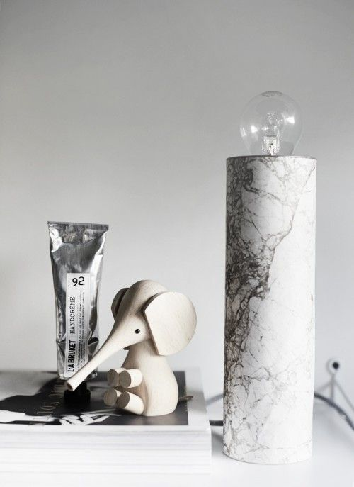 Simple DIY Table Marble Lamp - Shelterness