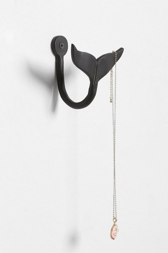 4040 Locust Whale Tail Hook. I know it probably can't work in a dorm room but OMG its perfect