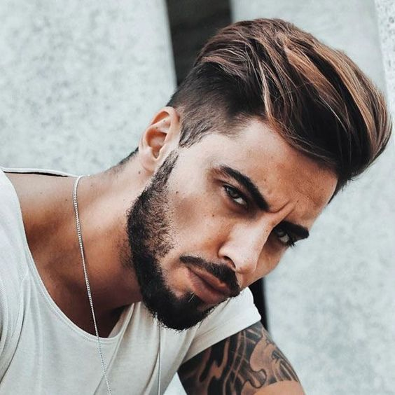 Being Thrown Away In The Garbage In A Dark Alleyway In London When Sh Novelajuvenil Novela Juv In 2020 Cool Hairstyles For Men Haircuts For Men Undercut With Beard