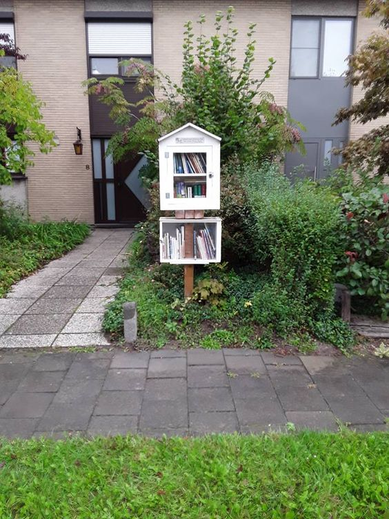 Little Free Library Evergem 7