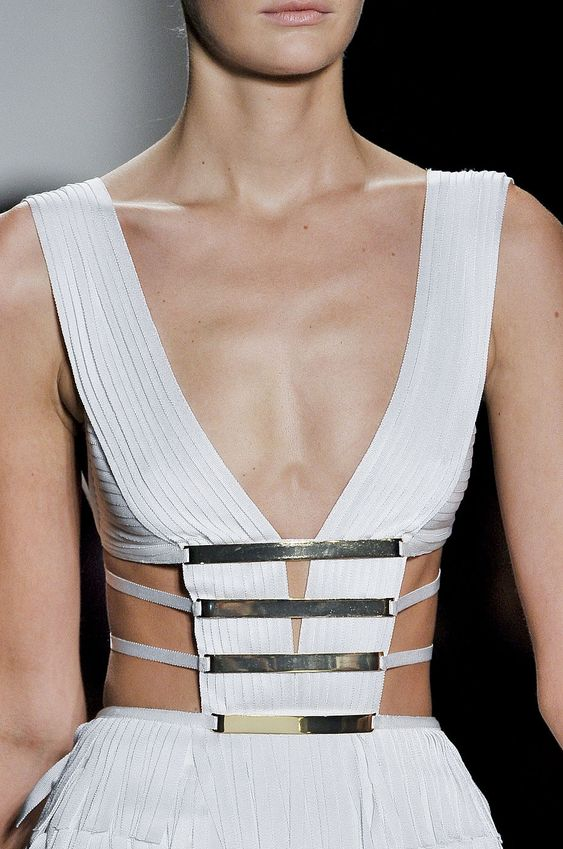 White structured dress, elegant fashion details // Herve Leger by Max Azria Spring 2012: