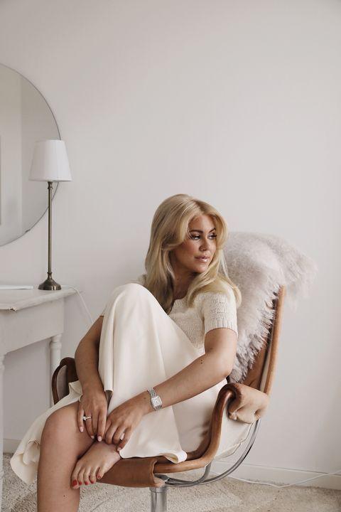 Beige och vit (Blondinbella Isabella Löwengrip
