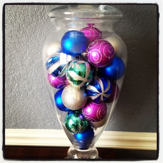 Quick easy Christmas decoration, replace potpourri  with cheap ornaments