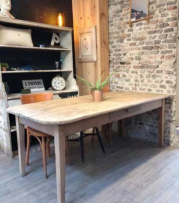 Grande Table D Atelier En Bois Debut Xxeme Par Le Marchand D Oublis Table Salle A Manger Grande Table Table