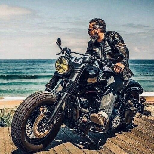 The Best Therapy Follow Roaring Roads For The Coolest Motorcycle Pictures And The Best Riding Harley Bikes Motorcycle Pictures Harley Davidson Bikes