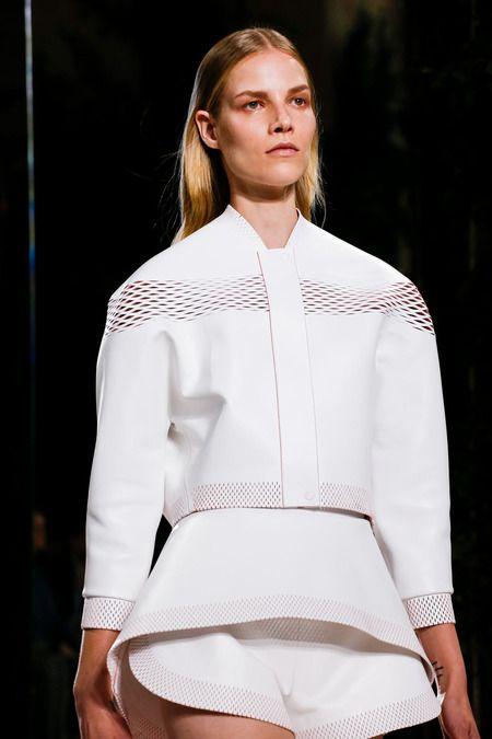 Balenciaga Spring 2014 Ready-to-Wear Collection Slideshow on Style.com