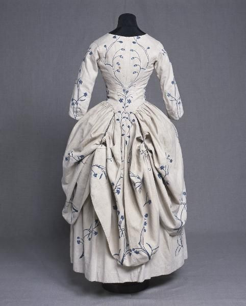 white linen robe à l'anglaise with blue embroidery, c. 1750-1799