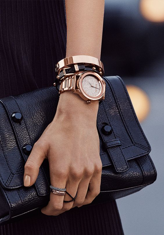 This is pretty But would only wear a all gold watch on special occasions or with…