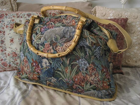"""For Sale @ A Junkee Shoppe. Click Link To View """"Quality Used Items Of Interest"""" and second hand item product description"""