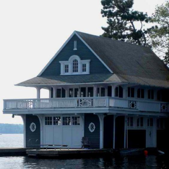 Gorgeous boathouse!