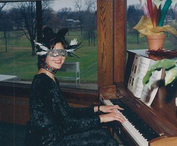 #Mardi Gras event. #Pianist, Sharon Planer, performed fun #piano tunes! #EventPianist