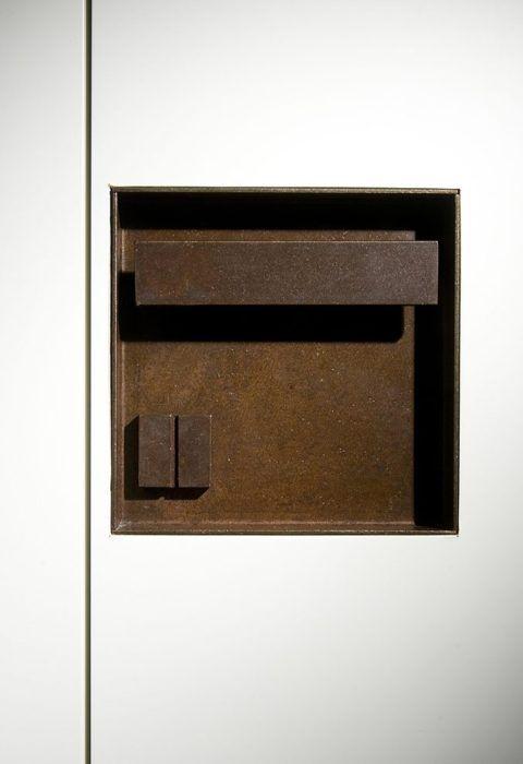 Door handle at House O by Alvisi Kirimoto + Partners