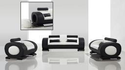Vu sur Mobiliermoss ! Salon en cuir design Capsule canapé 3p, canapé 2p, fauteuil 1p, avec pouf intégré dans l'accoudoir !