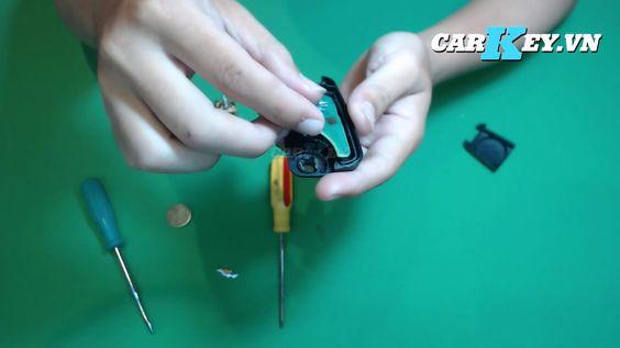 Tháo vỏ chìa xe Chevrolet