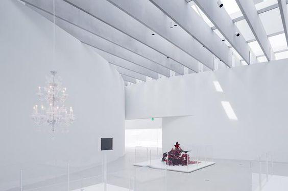 Vista interior de los lucernarios. Ampliación del Museo del Vidrio de Corning por Thomas Phifer and Partners. Fotografía © Iwan Baan. Señala encima de la imagen para verla más grande.