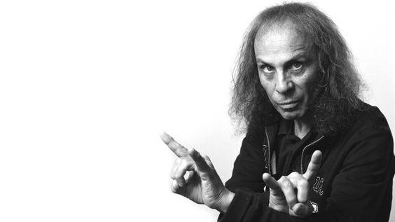 Wacken Open Air 2016 lässt Ronnie James Dio mit Hologramm auferstehen - Rolling Stone