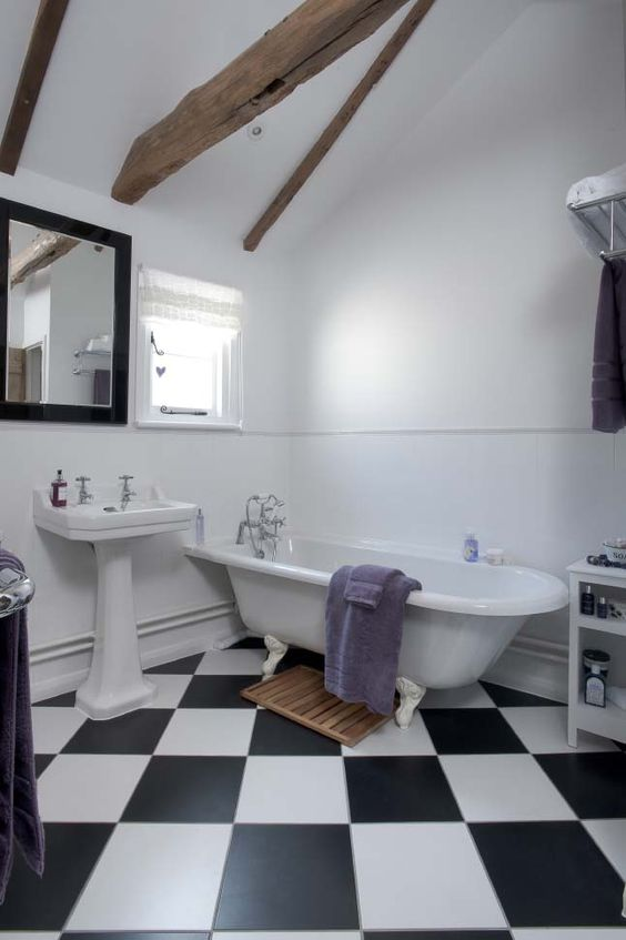 Noir bleu oeuf de merle and salle de bains on pinterest - Deco salle de bain noir et blanc ...