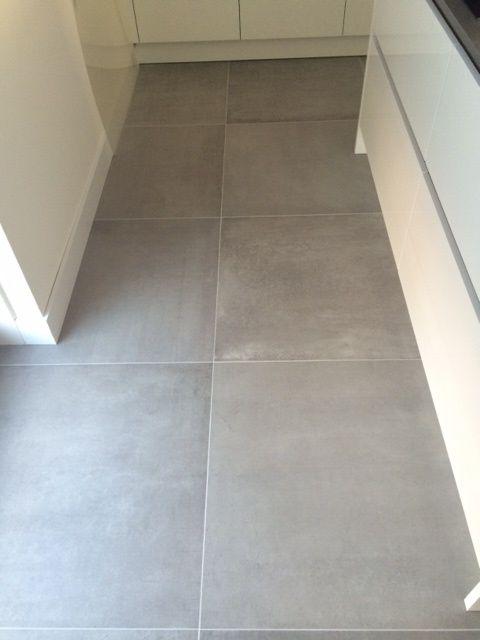 Kronos prima materia 80x80 cm 8110 betonlook vloertegels betonlook tegels pinterest - Imitatie cement tegels ...