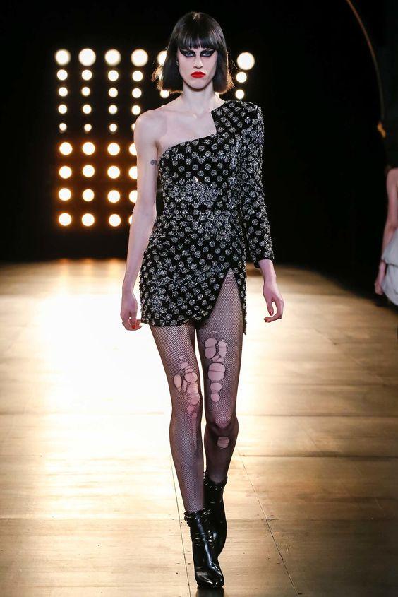 Saint Laurent Fall 2015 Ready-to-Wear Fashion Show - Sarah Brannon (OUI)