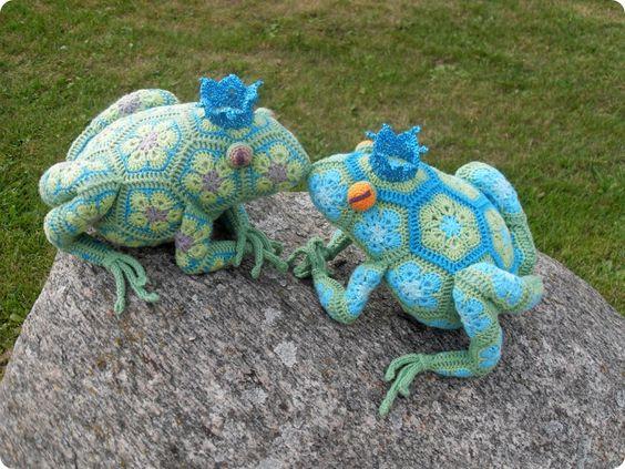 Hæklet frø - crochet frog