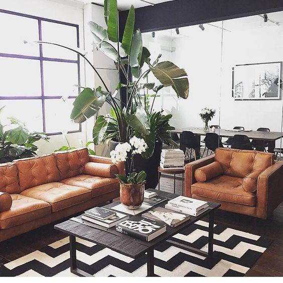 Bài trí nội thất hợp phong thủy với sofa da tphcm cho gia chủ cung Kim Ngưu