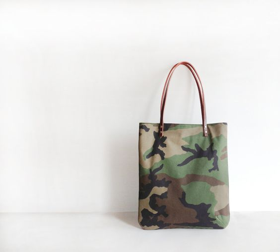 FRIDAY FRENZY | etsy find of the day 4 | 2.21.14 large day bag in camouflage by indigobirddesign the camo trend was ridin...