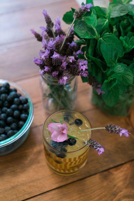 mixed lavender garnish lavender sprig sis mother s sis elle juice ...