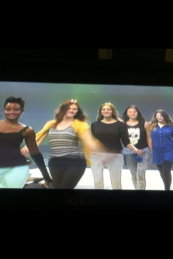 #CAbimodels at rehearsals #KimberlynParrris wearing @CAbi Clothing mint jeggings and fleather arm warmer.  #CAbiScoop