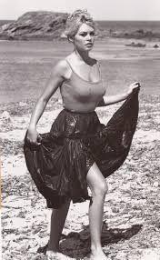 brigitte bardot on the beach - Cerca con Google