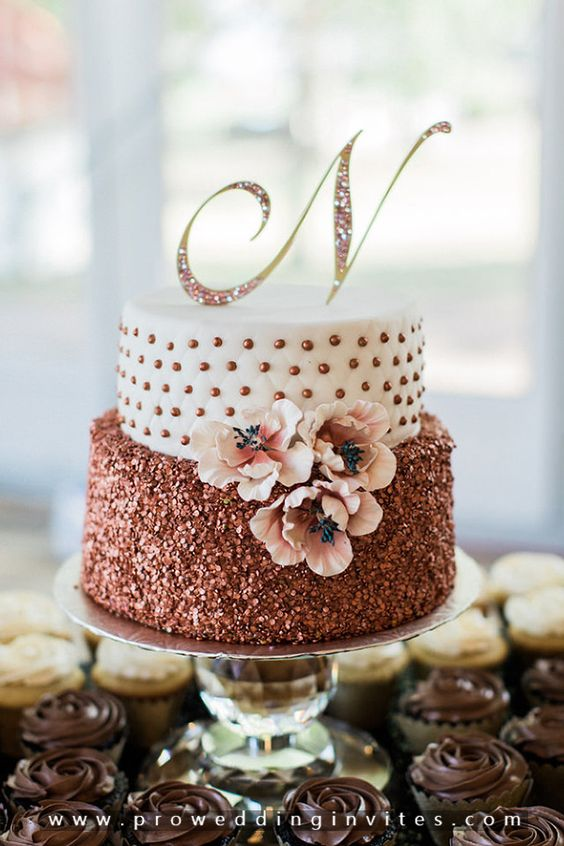 24 Fab Glittery And Sparkling Wedding Cake Ideas For 2020