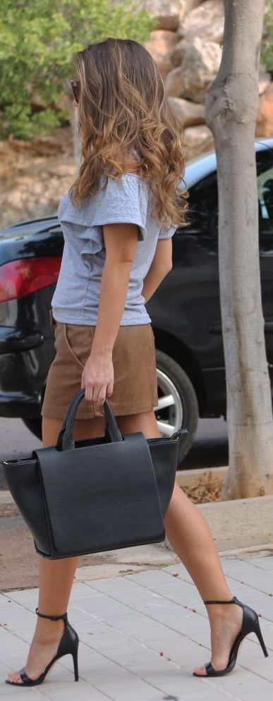 Wow Hair... Wow Bag... Wow Shoes... and most importantly - WOW Tan! #WOWyourself and fins your perfect tan @ WOWBROWN.COM