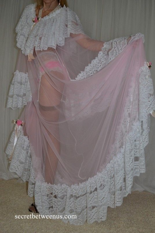 Sexy Sheer Vintage Nylon Lace satin Lingerie Fashions Slip SWEEP Robe Nightgown