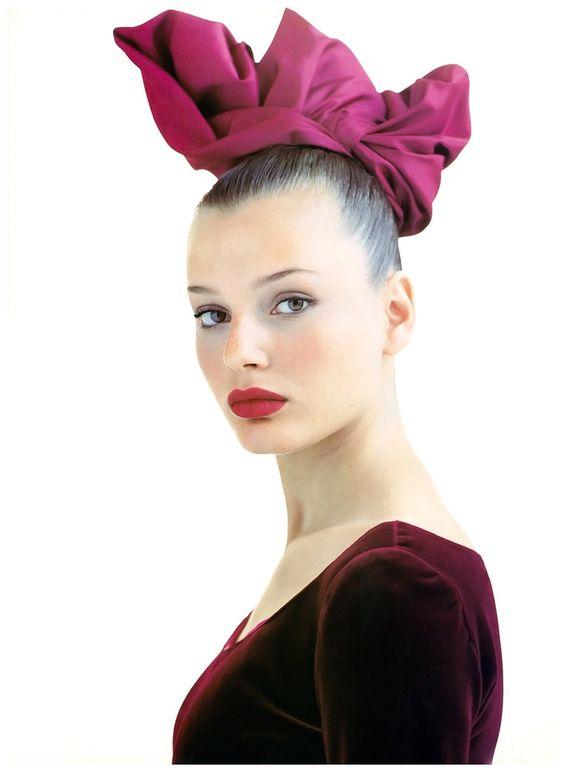 """Bridget Hall """"Scarlet Fever"""" Vogue Uk - Arthur Elgort"""