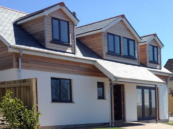 This development was of a 4 Bed-roomed dormer bungalow located in the centre of Helston. It was designed to provide a more contemporary look to make it stand out from the neighbouring properties. We used Western red cedar cladding and natural slate to enhance the quality look of the property.