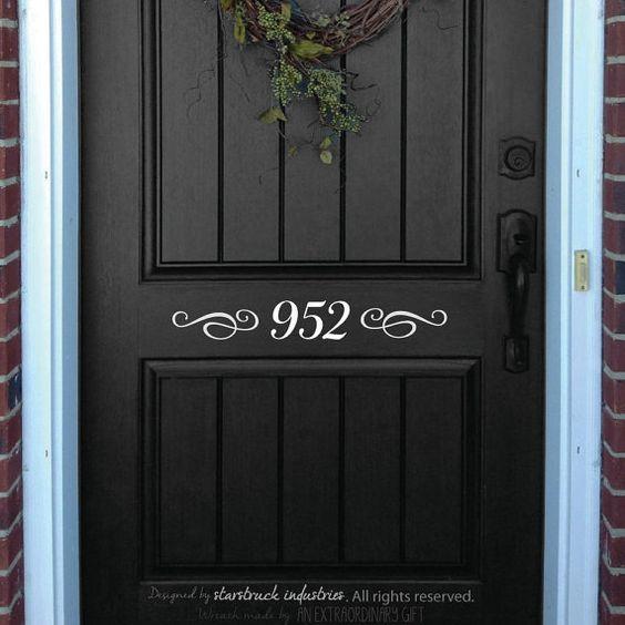 Porte d'entrée autocollant maison numéro par StarstruckIndustries