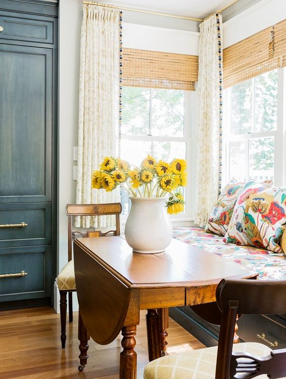 Pure Cozy Kitchen Nook