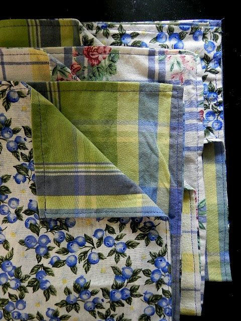 Vintage Dish Towel Fabric | Kitchen Tea Towels Utility Cloths Vintage and New Fabrics Blue Green ...
