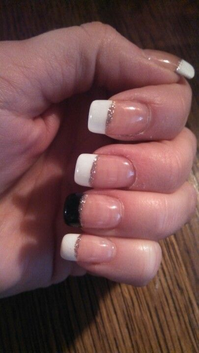 French with black accent & silver stripe
