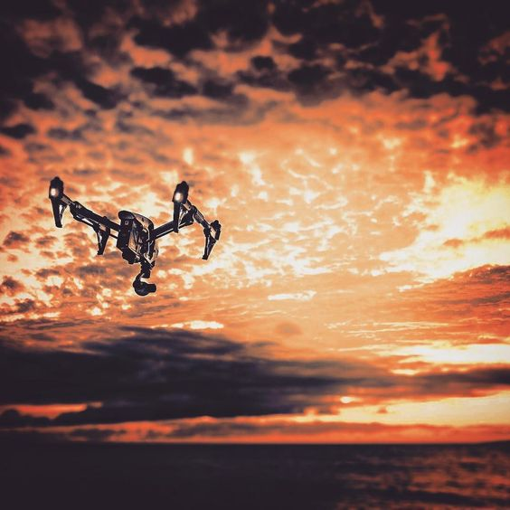 Just came across this shot of the Dji inspire1!  #freeflyalta #arrimini #alexamini #heavylifter #aerialprofilms #s1000 #s900 #a2 #drone #dji #djiglobal #djicreator #multirotor #aerial #4k #heli #gh4 #red #epic #dragon #carbon #losangeles #freefly #movi #ronin #inspire1 #phantom3 #connex_amimon by aerialprofilms